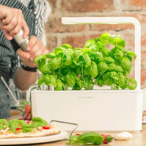 Click & Grow | Smart Indoor Gardens
