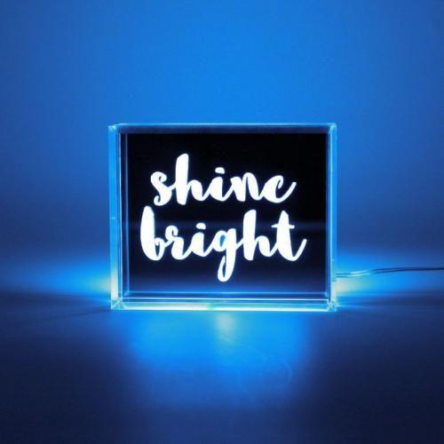 Locomocean | Trending Lightboxes & Neon Lights