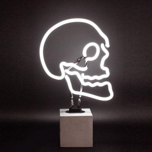 Locomocean | Message board & neon lights