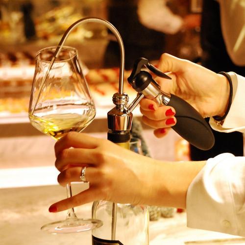 Wikeeps | The Revolutionary Wine Preserver