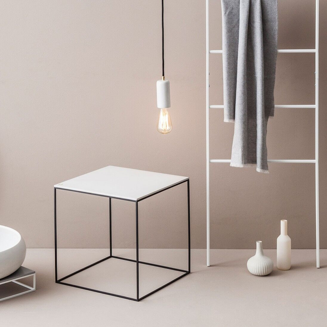 MoonSquare Side Table | Black Steel Frame / White Table Top