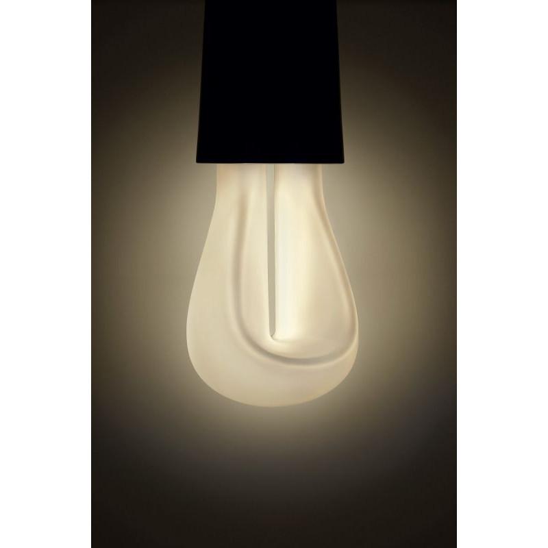 1 Bulb of Plumen 002 Led