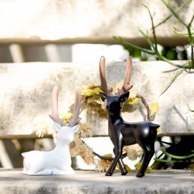 Pliers | Black Standing Deer