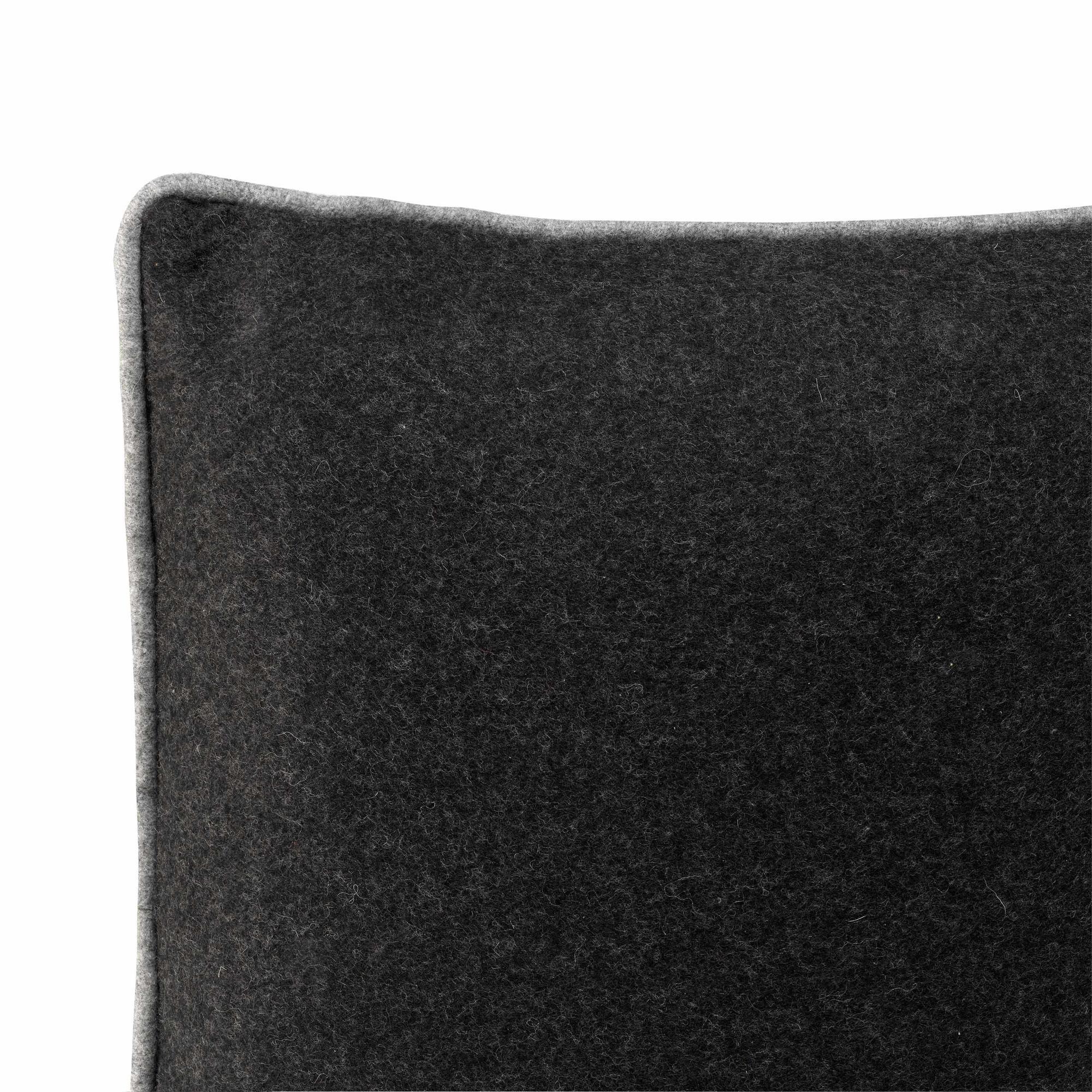 Cushion Cover 50 x 50 cm Piping Felt   Black