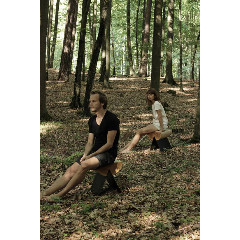 1/2 Stool | Natural Oak - Black