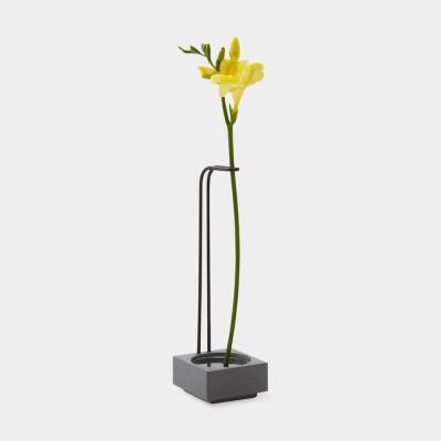 Vase Blossom Well |Zement & Schwarz