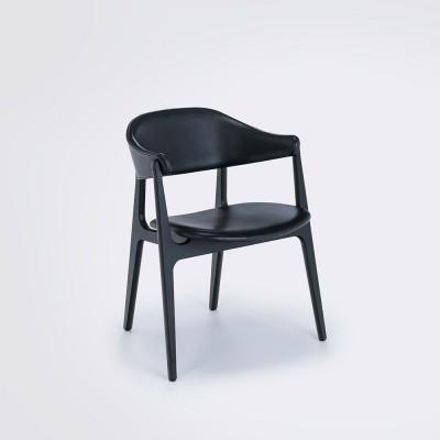 Spän Dining Chair | Eschenholz / Schwarz