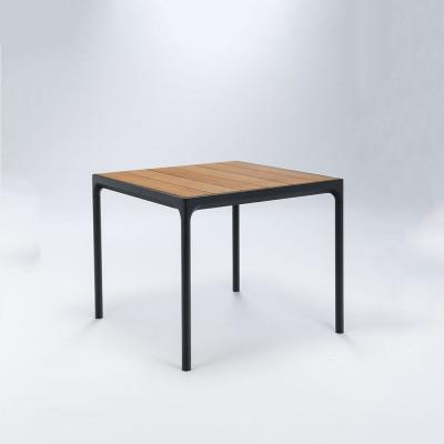 Garten-Tisch Vier | Schwarz und Bambus