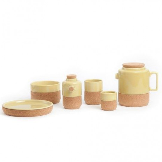 A Set of 2 tea cups pistachio