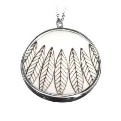 Salix Black Necklace