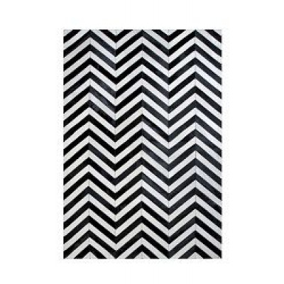 Leather Carpet | Arrow Black