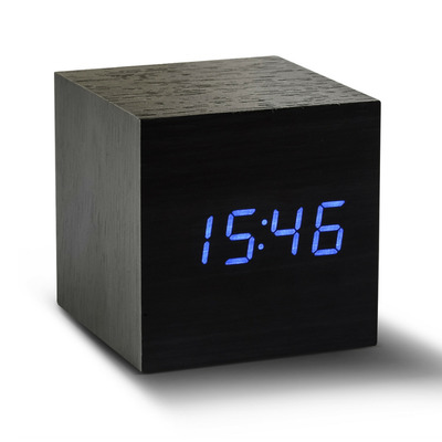 Würfel-Klick-Uhr   Schwarz & Blau