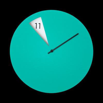 Freakish Clock Green