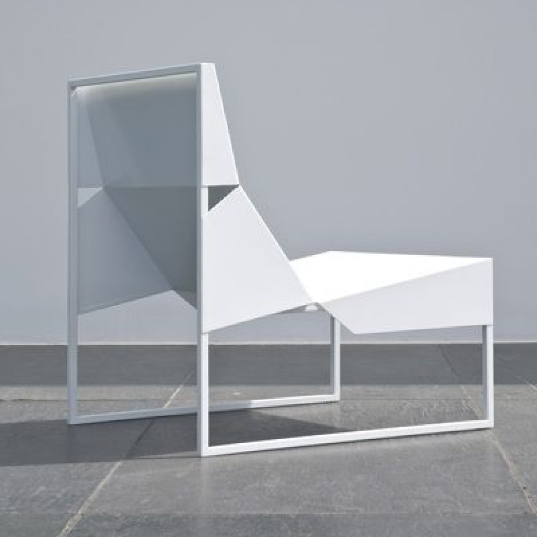 Outdoor Lounge Chair Paper | White