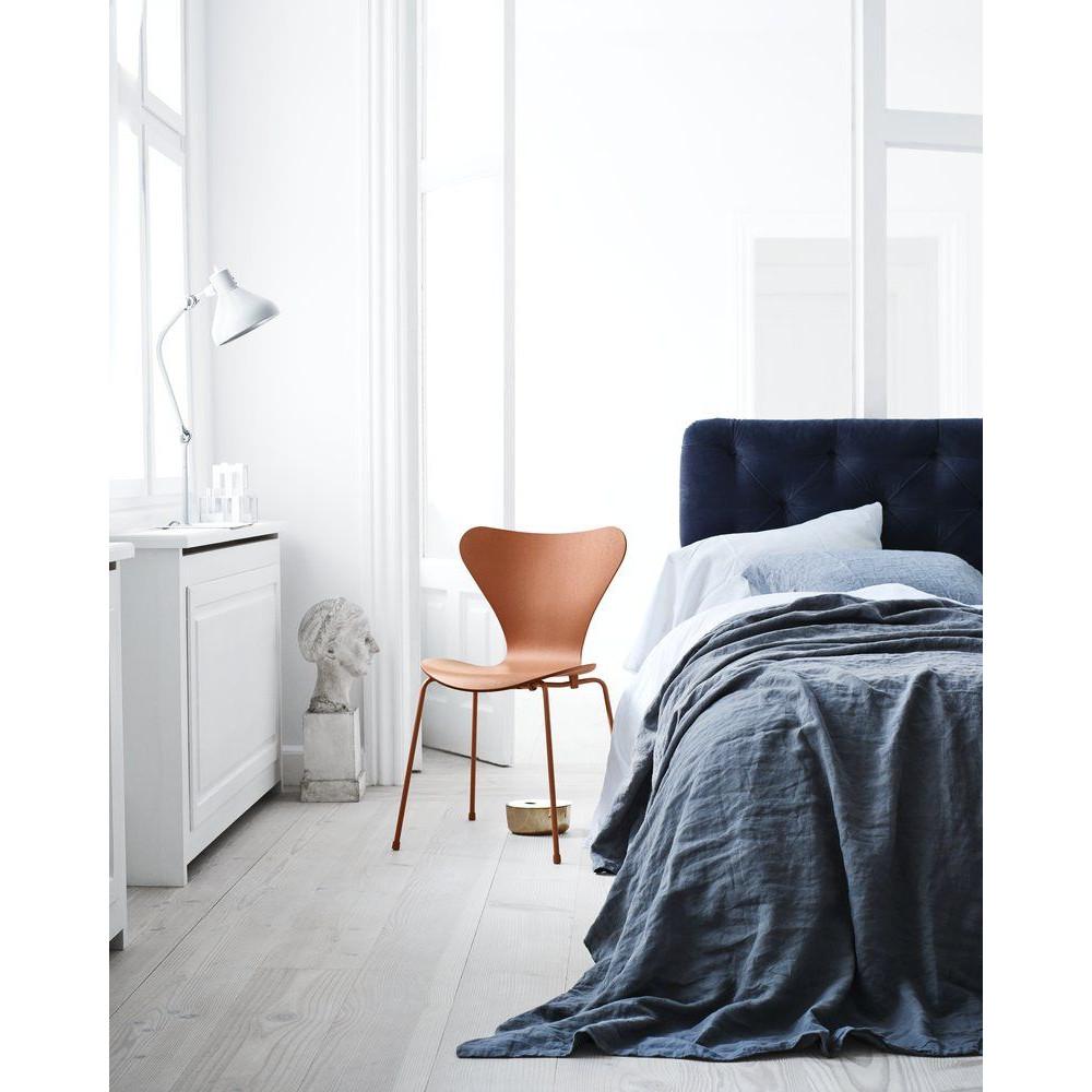 Chair Series 7 3107 Monochrome   Chevalier Orange