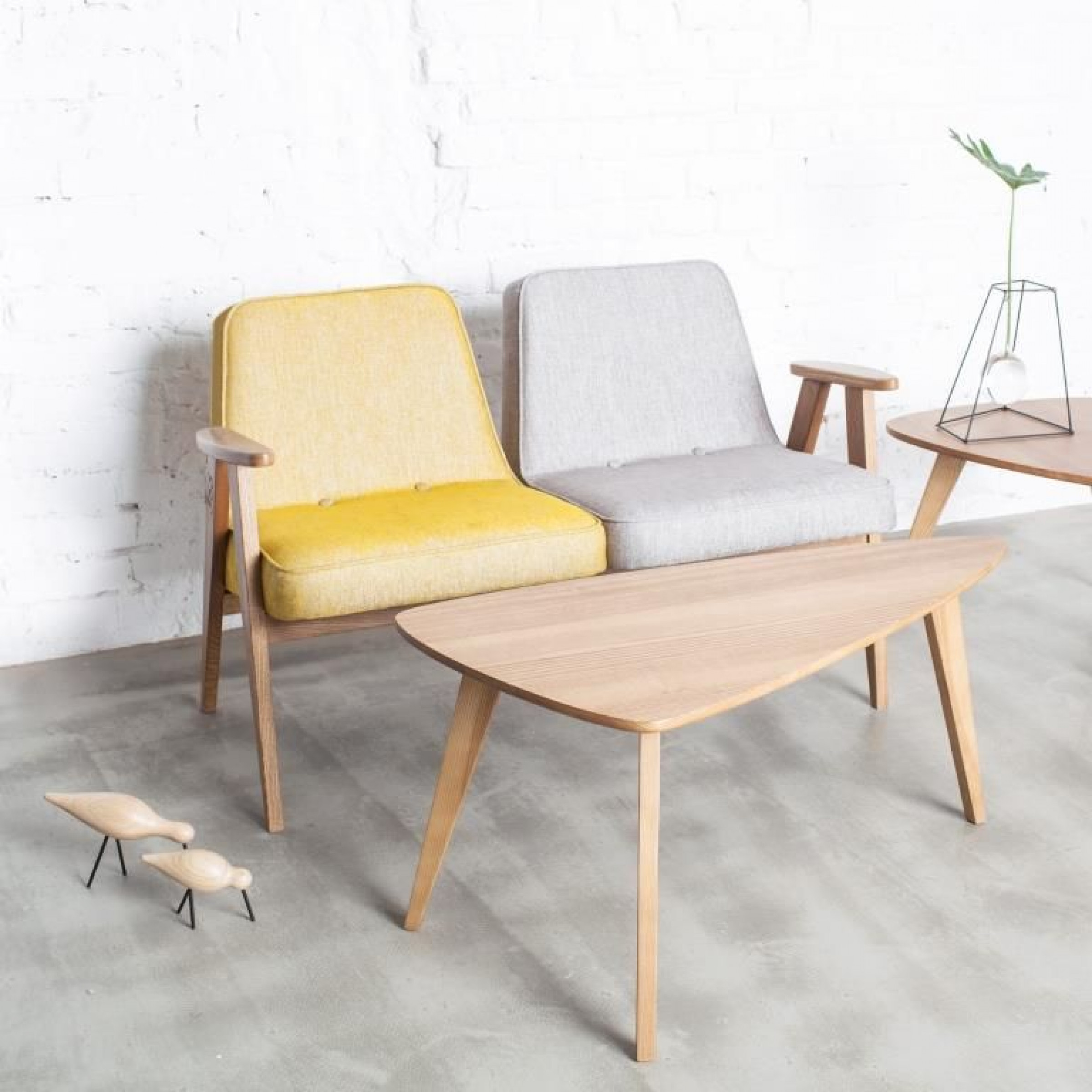 Long Coffee Table 366 Triangle M | Natural Oak