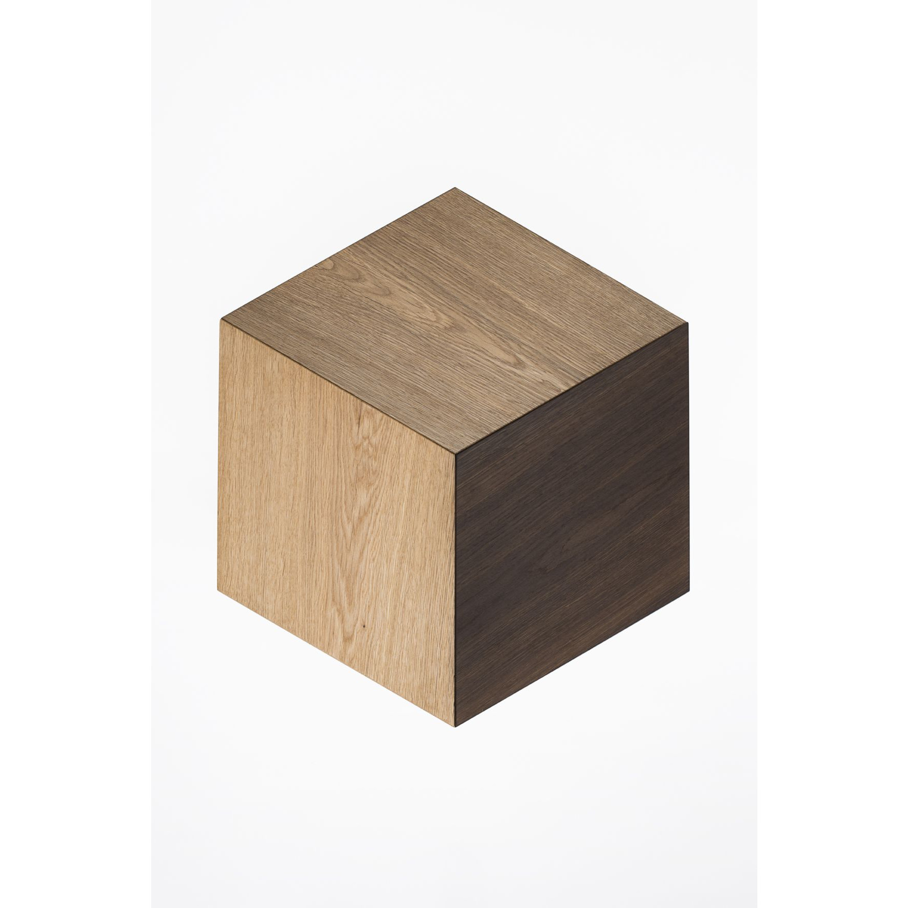 KANT |  Sophisticated Side Table Mix 2