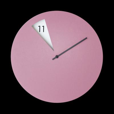 Freakish Clock Lilac