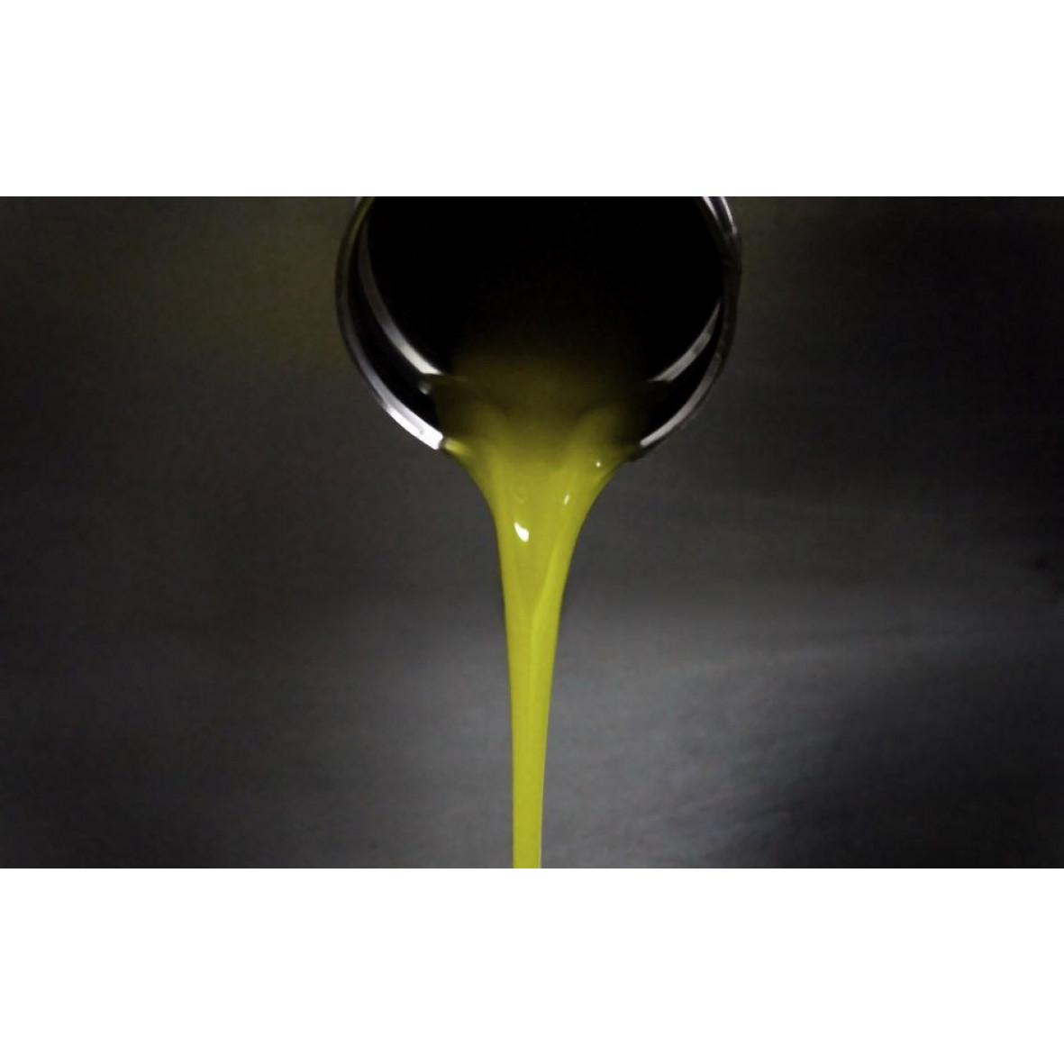 Organic Extra Virgin Olive Oil   Light Green, cardboard packaging