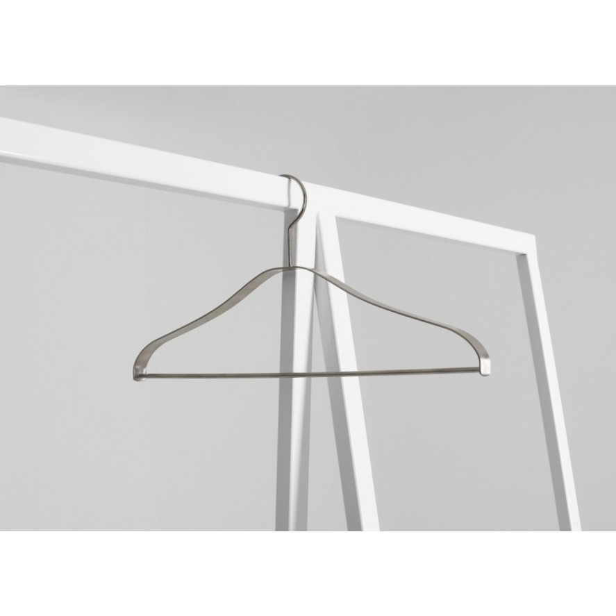 Hanger Sabu | White
