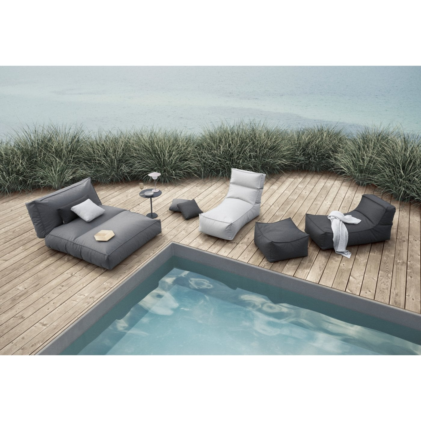 Liege Garten Stay | Stone