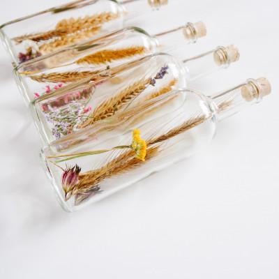 Getrocknete Blumen in der Rundflasche | 1 Stück