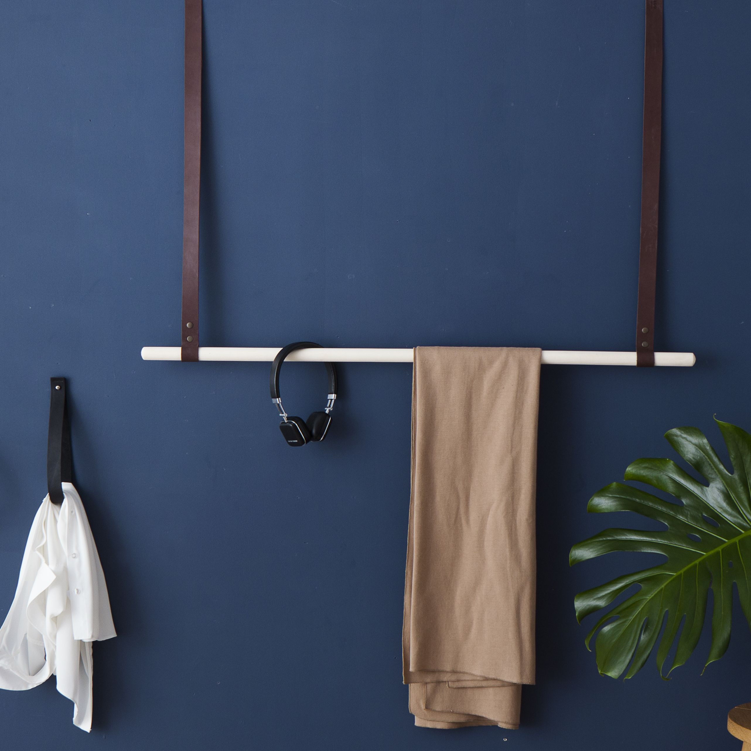 Albmi Hanger Single | Brown