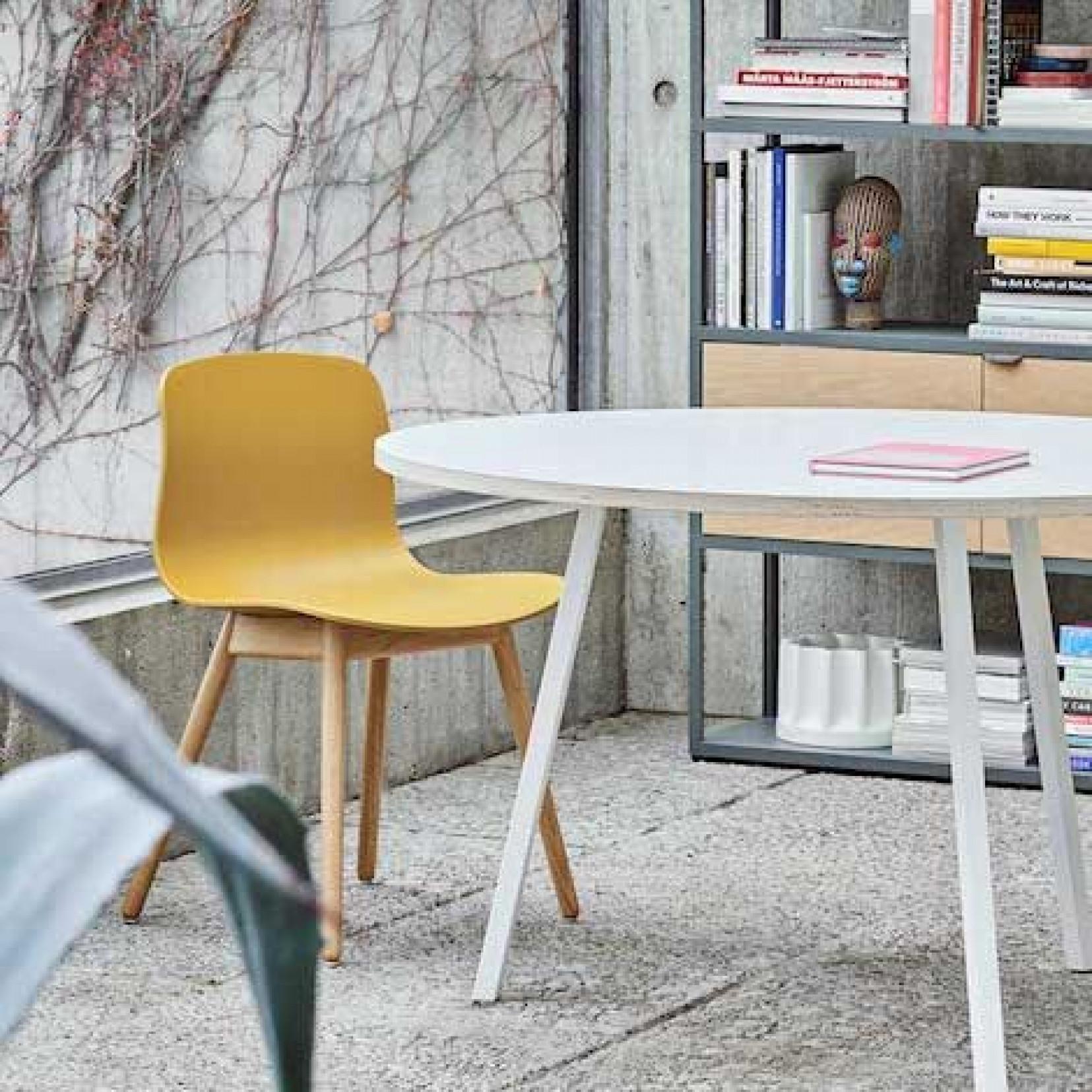 About A Chair AAC20 | Chêne Massif Savonné & Gris