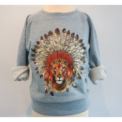 Sweater   Lion with Feathers