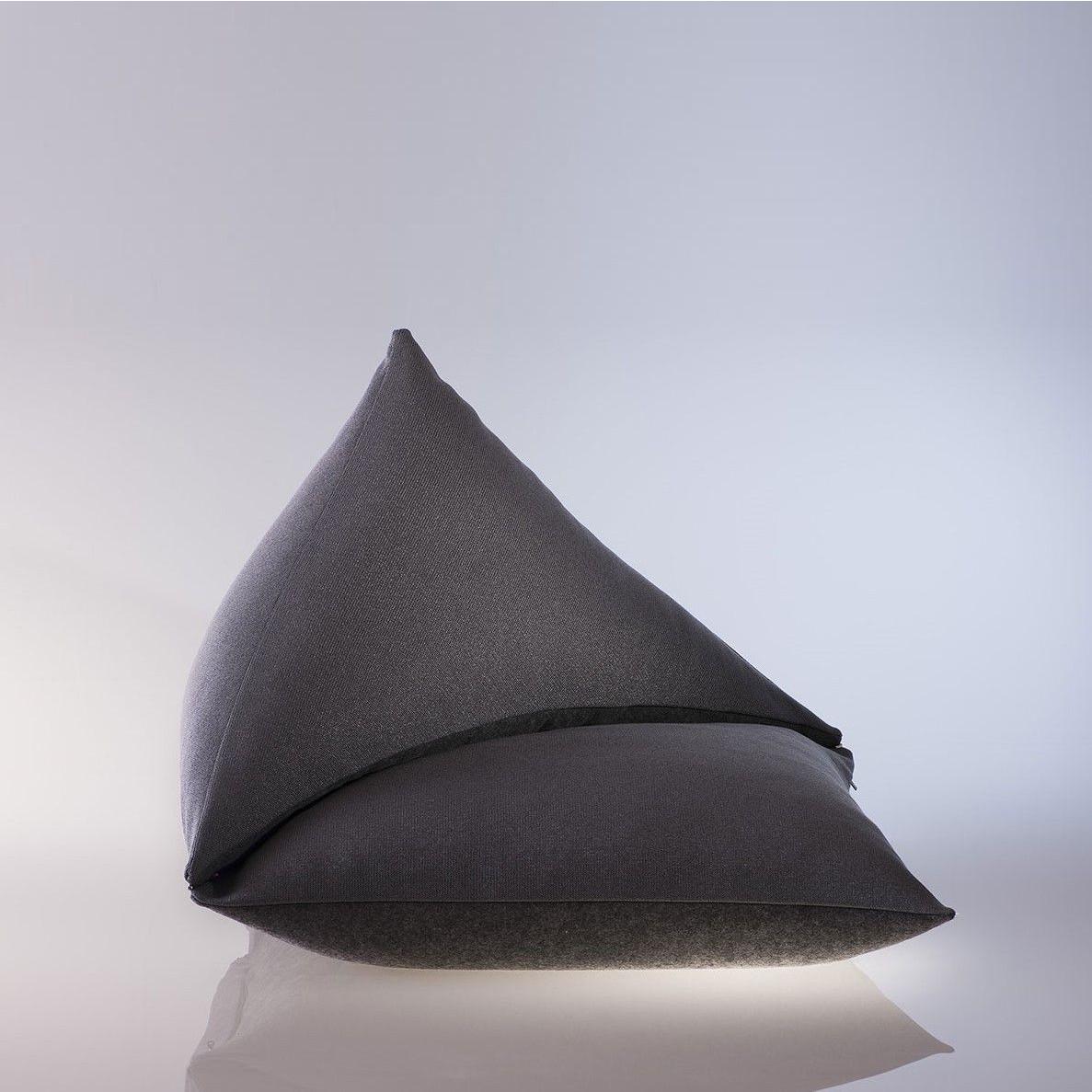 The Single Sofa M   Asphalt