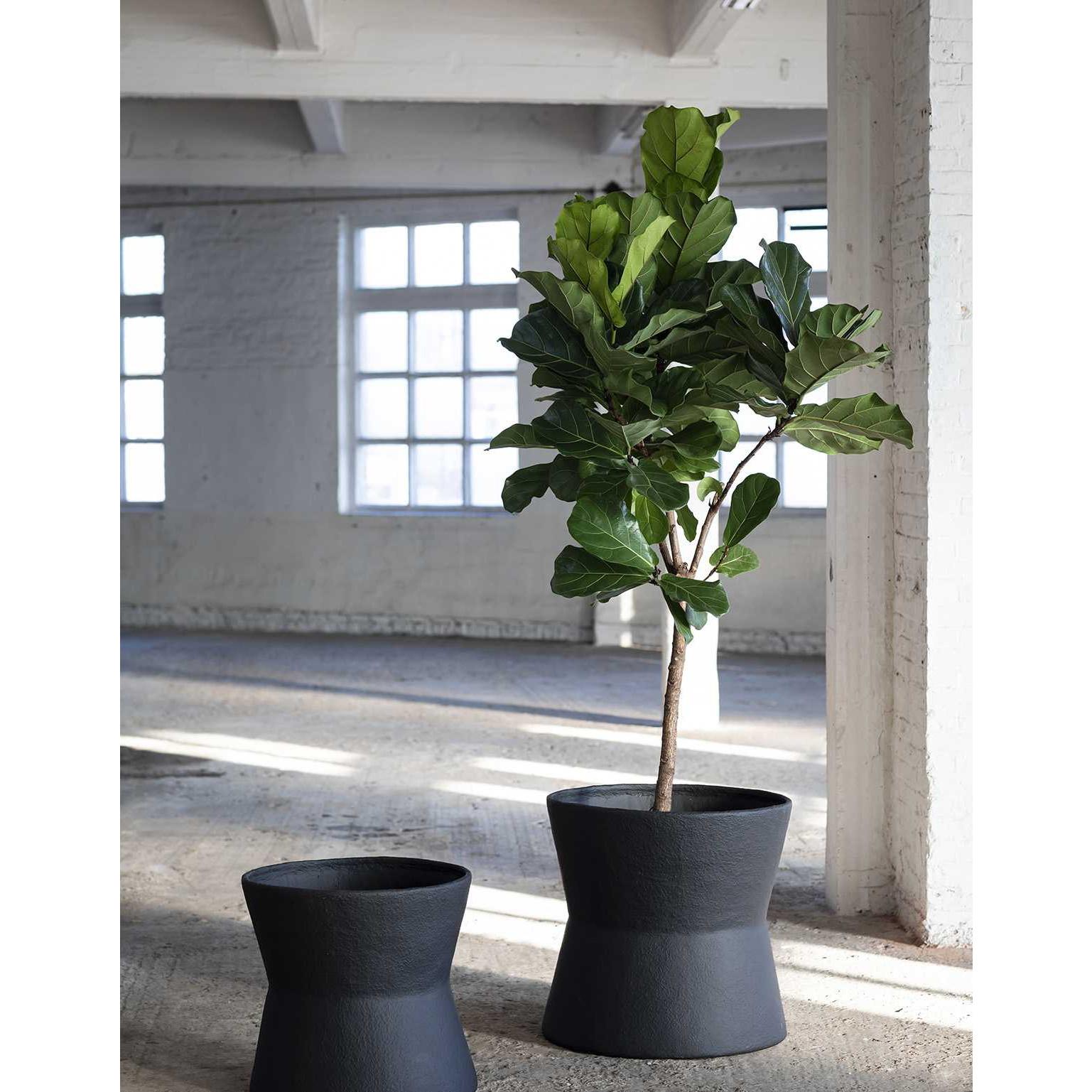 Planter Construct S    Black