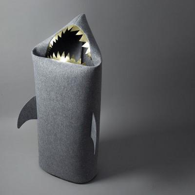 Big Shark gray (gold teeth)