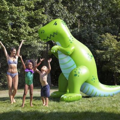 Yard Sprinkler | Dino