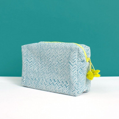 Zig Zag Wash Bag | Duck Egg