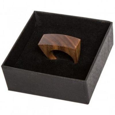 Hölzerner Ring | Ziegelstein