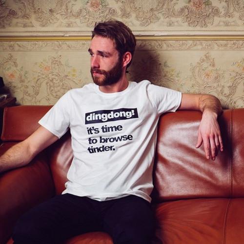 T-shirt   Männer   Es ist Zeit, Tinder zu durchstöbern