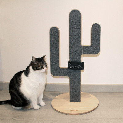 Cat Scratching Post ITCHIE