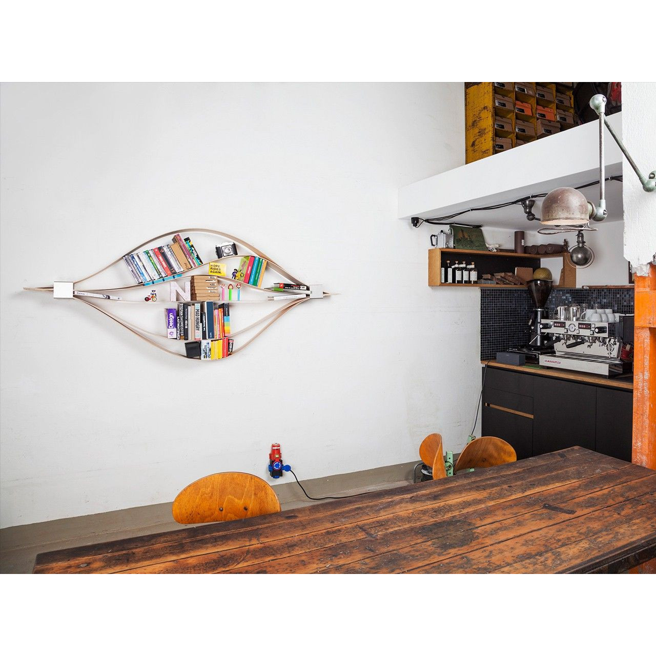 Bookshelf Chuck | Oiled