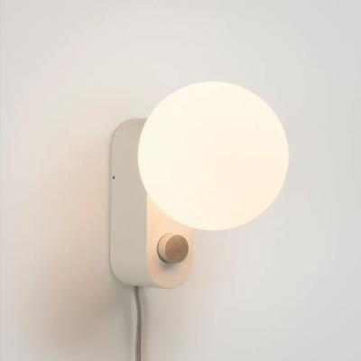 Lampe Alumina Chalk mit Kugel XL Glühbirne   Weiß