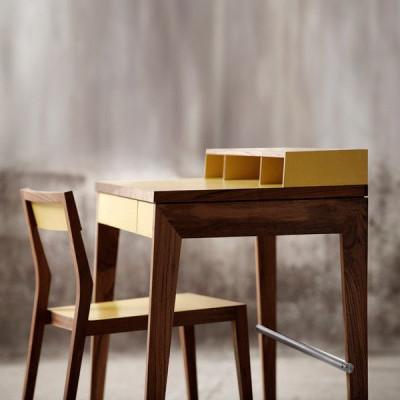 Der MINT Compactus Schreibtisch | Nussbaum