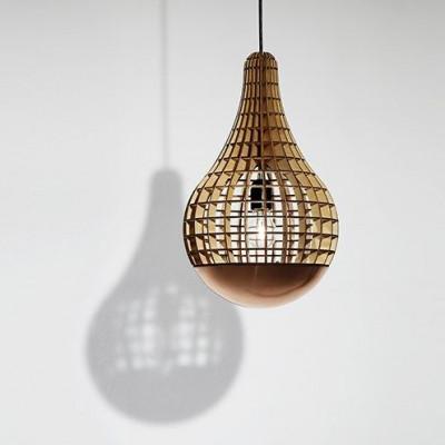 Die Teardrop-Lampe mit kupfernem Spinner