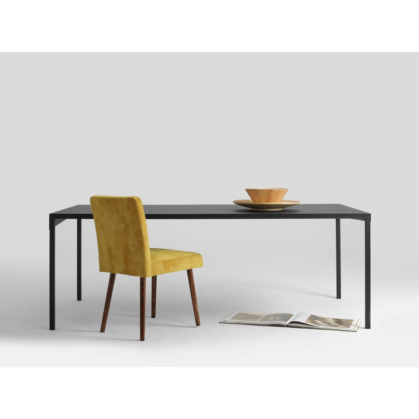 Dining Table Obroos | Black