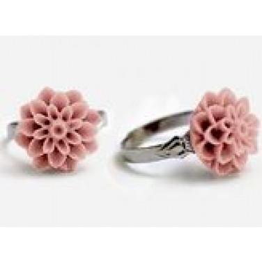 Dahlia Flower Ring Vintage Pink