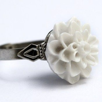 Dahlie Blume Ring Weiß