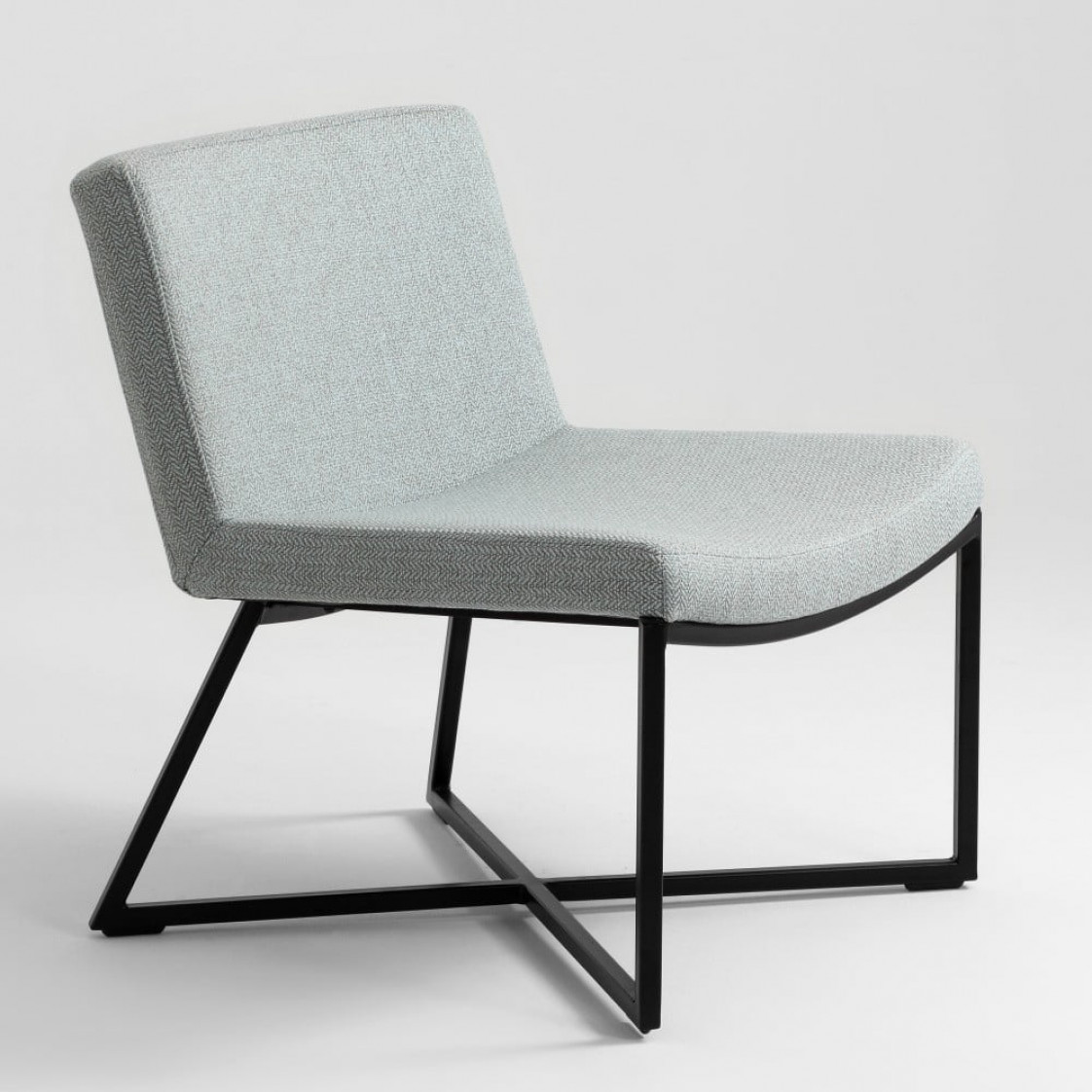 Armchair Zero | Light Blue & Black Legs