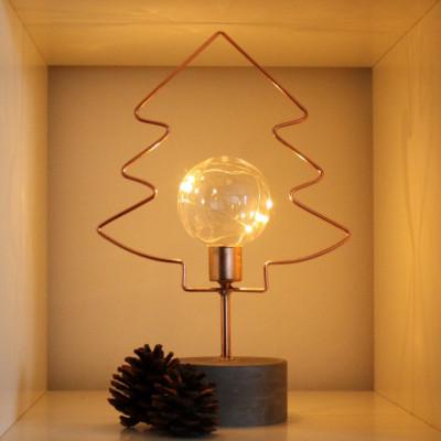 LED Weihnachtsbaum aus Kupferdraht