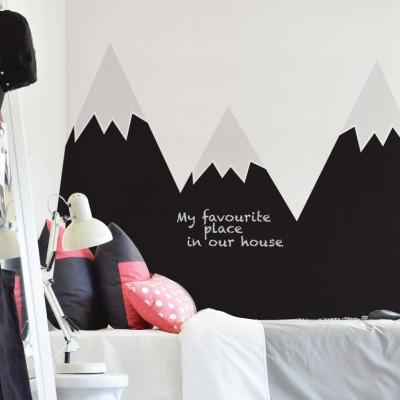 Wandaufkleber hinter dem Bett   Berge Schwarz