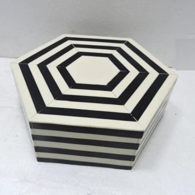 Hexagon Box | M/M