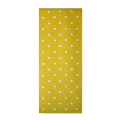 Gelber Fleckerlteppich