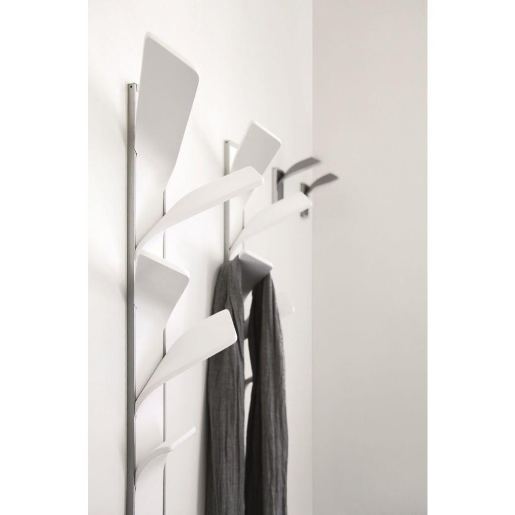 Elx Coat Hanger Black